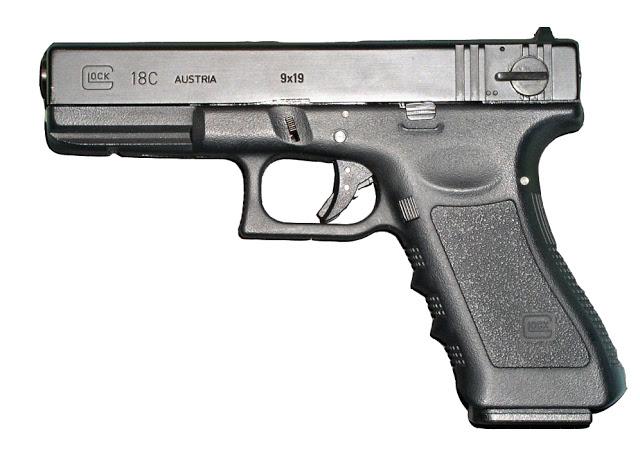 Armi: come detenere armi in casa per la difesa: leggi e regolamenti